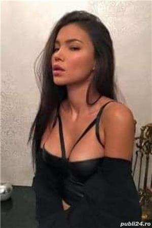 Escorte sexy: Elysa unicata 'stilata cu experienta in arta sexului invita-ma La tine ,La mine sau hotel