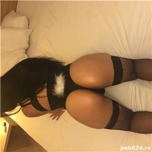Escorte sexy: Caty Rin Vitan