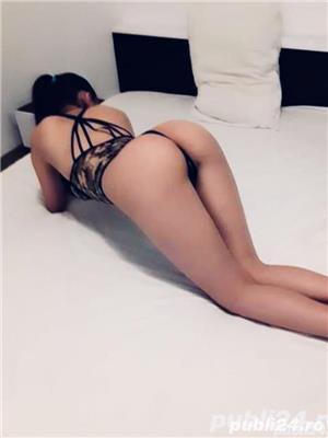 Escorte sexy: Bruneta xxx miniona si stramta